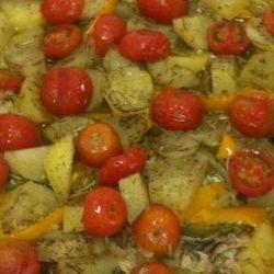 Assadeira de batata com chuchu e tomate cereja