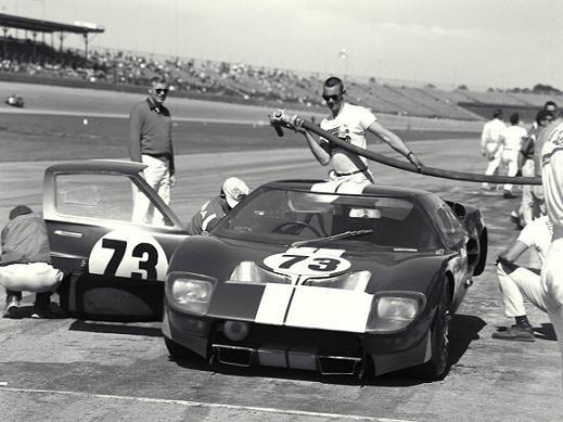 1965+Le+Mans | Ford GT 40 lors de la course des Daytona Continental 2000 km