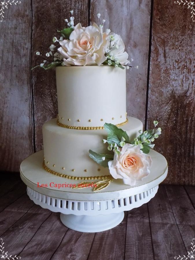 Wedding cake  by LesCapriceSucres - http://cakesdecor.com/cakes/261515-wedding-cake