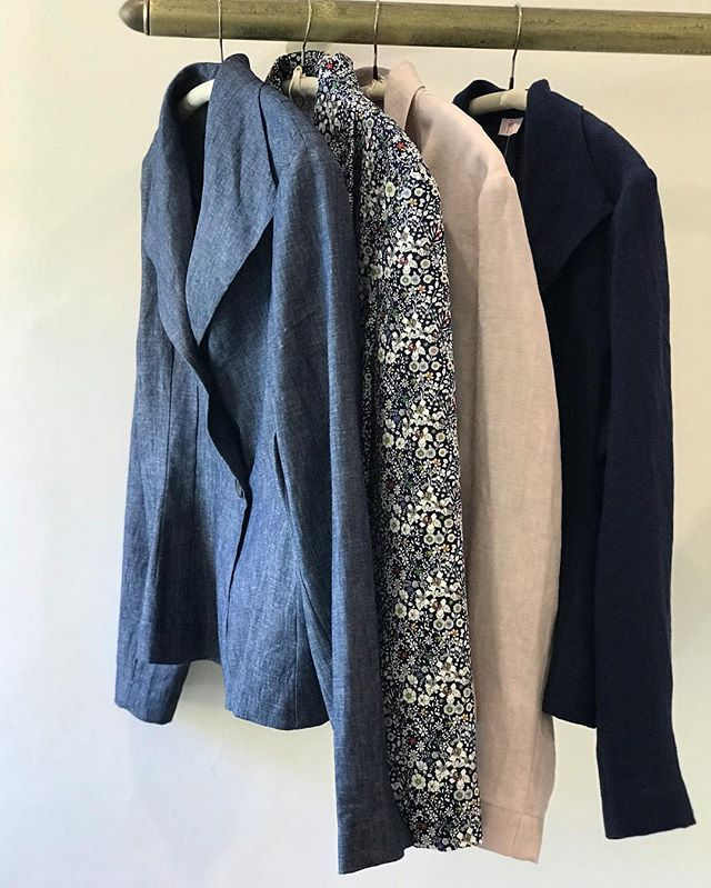 Our new jacket... Angelina... great layered over dresses, tees and knits..$229 in store now @jiva_clothing available in vintage wash linen and stretch cotton floral #jacket #linen #cotton #locallymade