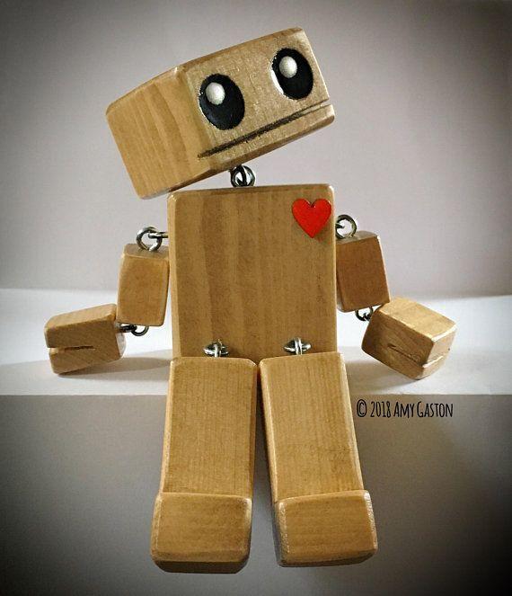 5″ Pine Wood OddBot – The Little Wooden Robot – FR…