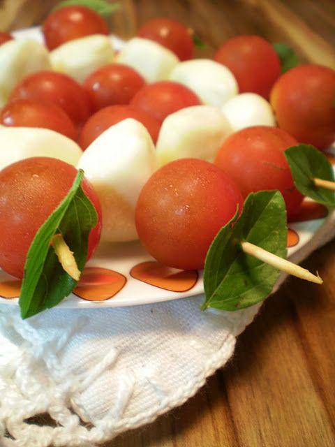 Salada Caprese no palito | Blog Figos & Funghis