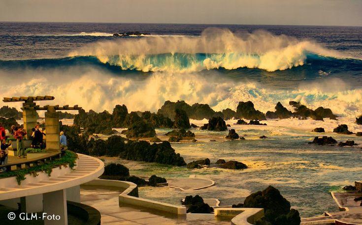 Wilder Atlantik bei Porto Moniz auf Madeira