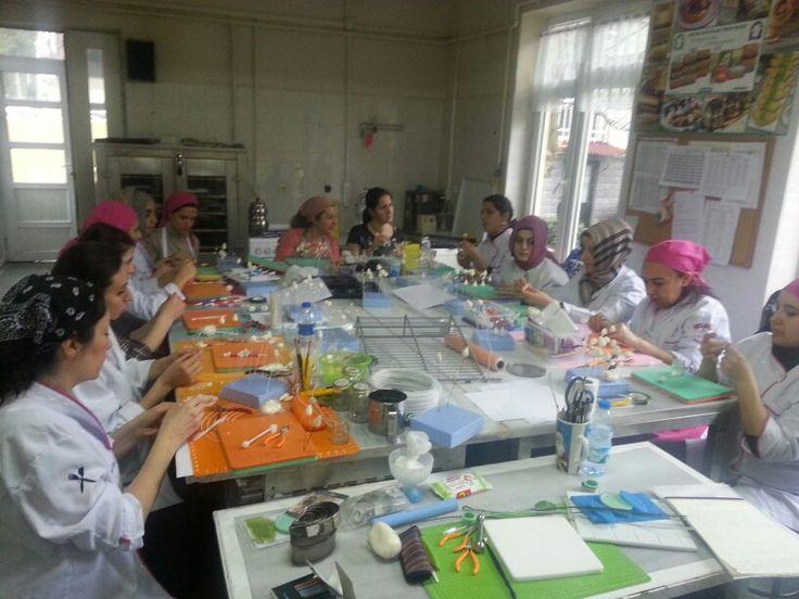 Feneryolu halk Eğitim çiçek eğitimleri