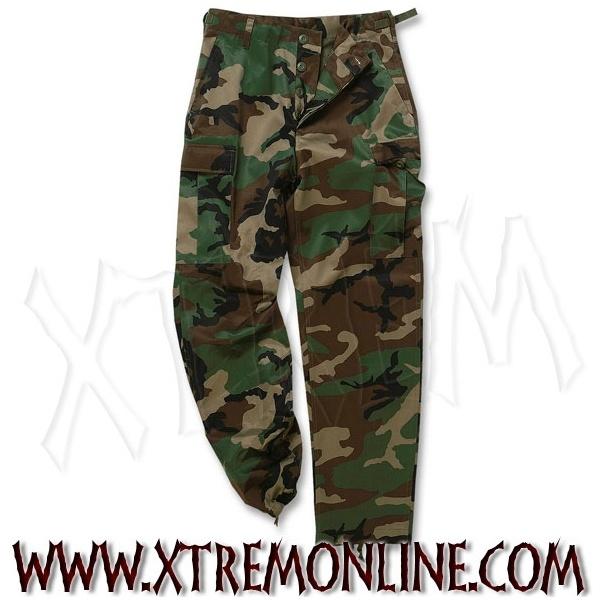 ¡Echa un vistazo a nuestra colección de pantalones de camuflaje! Artículos en stock. Envíos inmediatos.