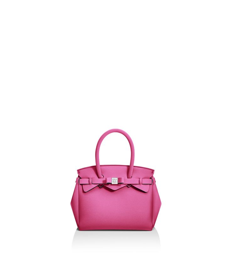Petite Miss is the small version of the iconic Miss Bag, the Save My Bag best seller.   lightweight rain proof hand wash Size 260 x 230 x 130 mm  210g  Made in Italy  Vegan Friendly  Made from Poly-Lycra Fabric   Bubblegum Pink