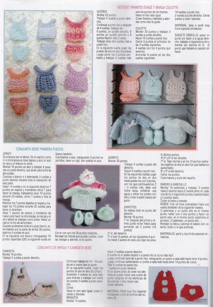 """Algunas ya me habéis felicitado por la publicación de este mes en la revista """"Miniaturas"""",de mi tienda El Arca del Bebé,para las que no la h..."""