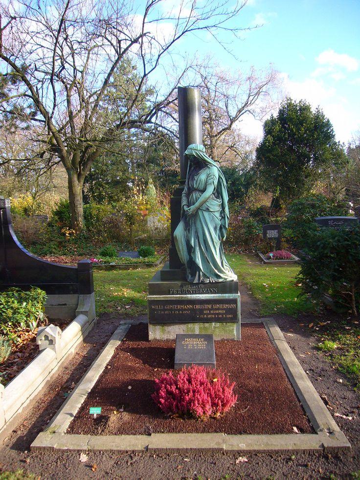 https://flic.kr/p/7hGMe6 | Nordfriedhof Düsseldorf