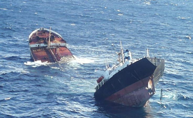 Un estudio realizado por investigadores españoles, noruegos y franceses analiza, a partir de diversos modelos de propagación de oleaje, el estado del mar en el momento del accidente.