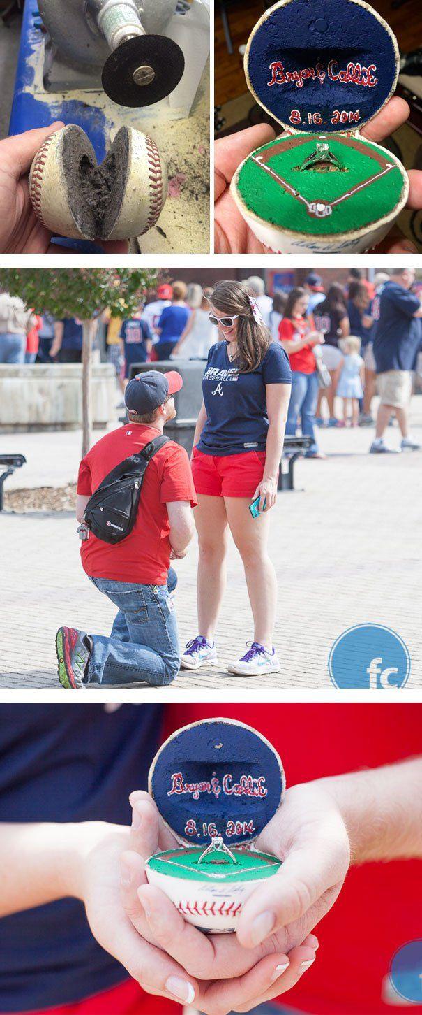 Propuesta de matrimonio en pelota de béisbol