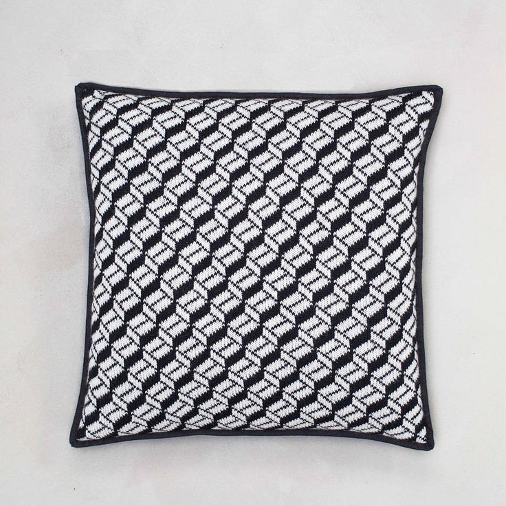 Geometric Pattern Lambswool Cushion