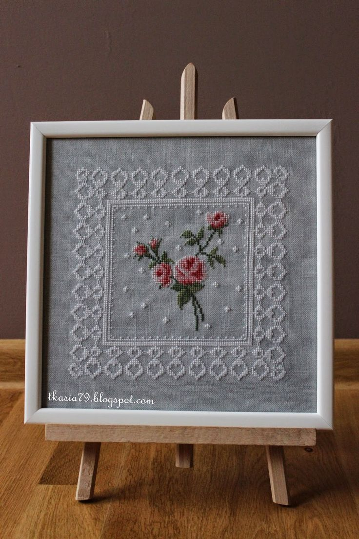 Roses with lace, cross stitch