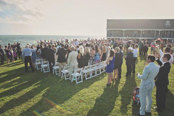 Beach Weddings. Cape Cod Weddings.  Ocean Front Ceremony. Pelham House Venue. Photographer: loveandperry.com #ThePerfectPlan