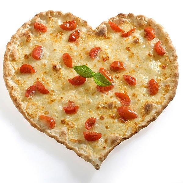 ROMANTIC DINNER //Quiche de queso y tomates cherry en forma de corazón