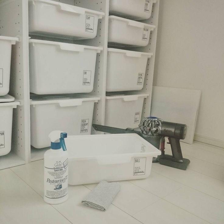 ニトリの「COLABO(カラボ)」シリーズがお値段以上の高クオリティでオシャレ♡とSNSで話題を呼んでいます。シンプルなデザインはインテリアの邪魔をせず、どんなお部屋にもマッチしてくれる万能さで「#カラボ」タグでは多くのオシャレ部屋が紹介されているんです♡