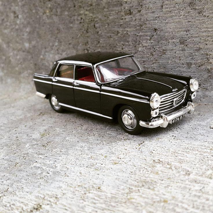 Peugeot 404 van Nostalgie (<b>1:43</b>) | Car models
