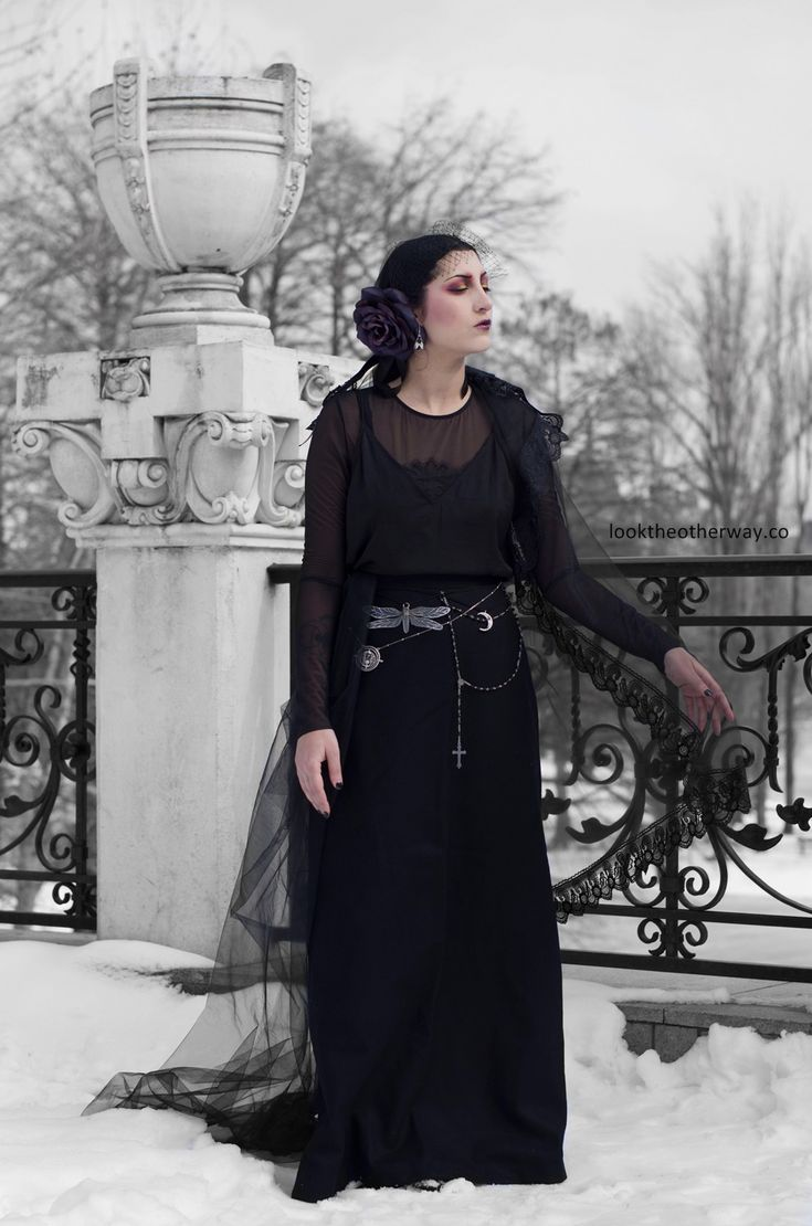 Release The Dragonfly - Style Suggestions - Looktheotherway.co  #gothoutfit #gothic #gothgirl #gothique #flapper #gothicflapper #gothicstyle