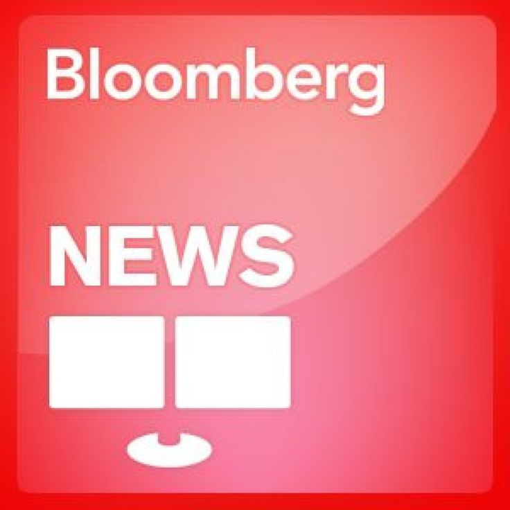 """Lauren Remington Platt, chief executive officer of Vensette, talks about the creation of the personal makeup service. Platt speaks with Deirdre Bolton on Bloomberg Television's """"Money Moves."""" (Source: Bloomberg)"""