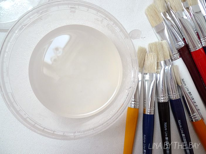 Decoupagelim  - tipsa: häll sockerblandningen i mjölblandningen lite i taget och rör om under tiden. Då är det lättare att undvika klumpar.