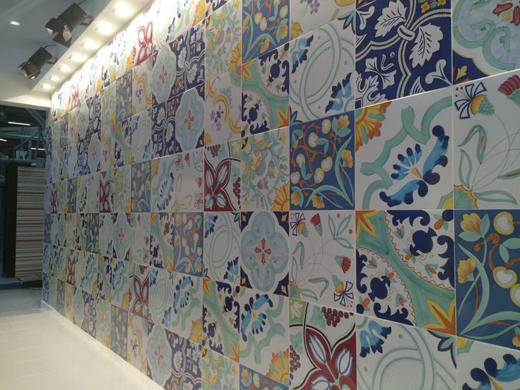 184 best decorati a mano images on pinterest room tiles - Piastrelle di maio ...