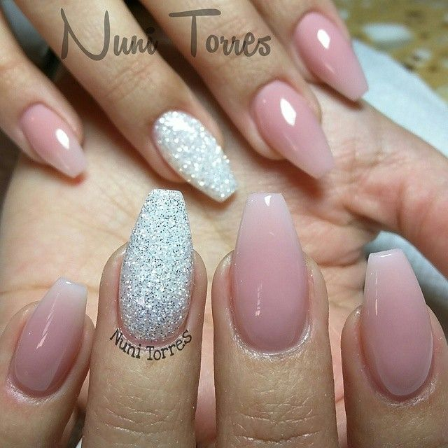 nude pink with accent nails