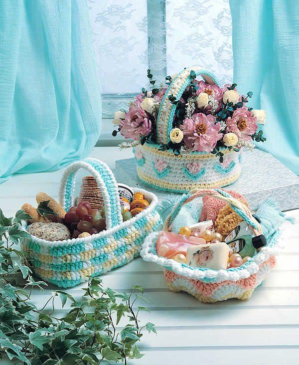 three easter baskets crochet free pattern crochet. Black Bedroom Furniture Sets. Home Design Ideas