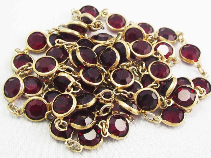 ~Vintage Swarovski  Crystal RED RUBY open back Bezel Set Necklace ~SWAN Tag~  #SWAROVSKI