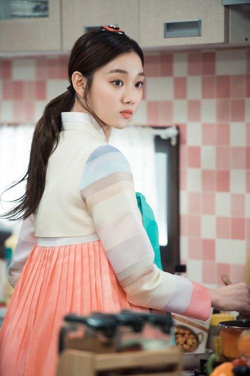 한복 Hanbok : Korean traditional clothes[dress] | By the Light of the Moon