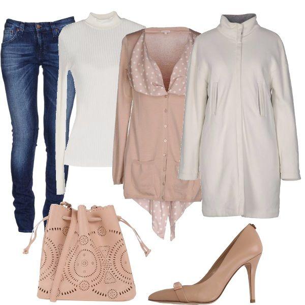 Per questo outfit: jeans effetto délavé, dolcevita a costine bianca, bellissimo cardigan con risvolto a pois, cappottino bianco con collo alla coreana, décolleté nude, borsetta rosa con effetto traforato.