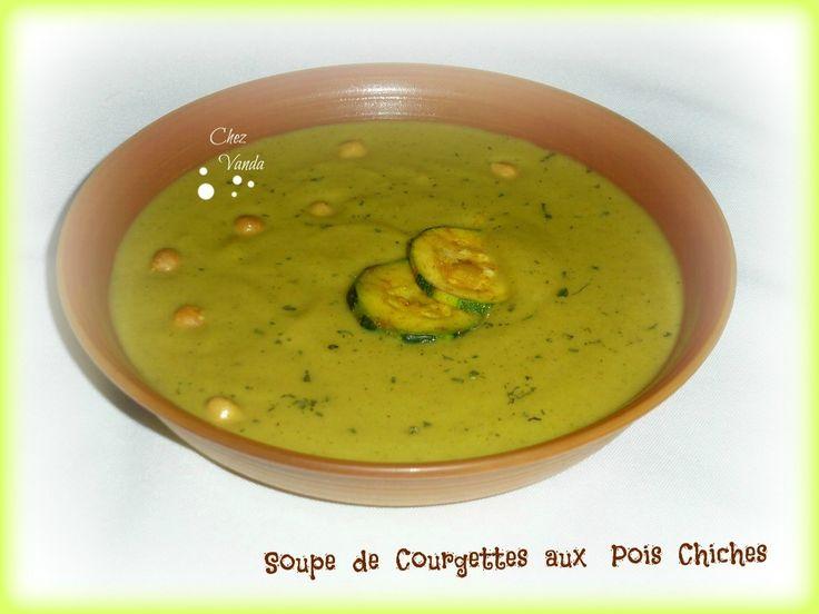 Soupe de courgettes aux pois chiches