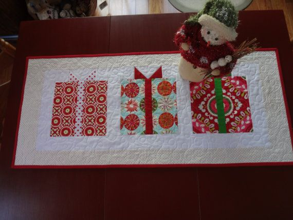 Christmas Quilted Table Runner Handmade By Peanutbutter14