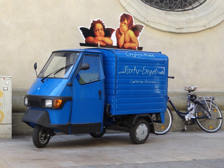 piaggio ape party engel triporteur pinterest piaggio ape and scooters. Black Bedroom Furniture Sets. Home Design Ideas