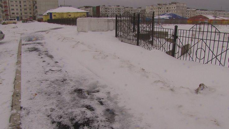Асфальт на снег кладут на Сахалине