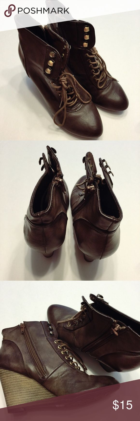Maurices Ankel Boots Size: 6.5 -gently used, but in great condition Maurices Shoes Ankle Boots & Booties