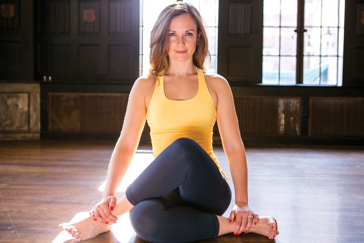 An interview with Hydration Specialist Cara Gilman on how she became a yoga teacher. Interview by @TheIdeaHunters. #yoga #yogis #BostonYoga