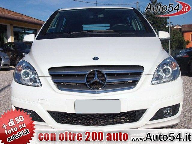 #MERCEDES-BENZ B 180 CDI #Executive 53.000 Km Anno: 2011 Categoria: autocarro  #Specchietti elettrici, #Sistema Isofix, #Sensore pioggia, #Sedile posteriore sdoppiato, #Regolazione elettrica fanali, #Inserti in alluminio, #Ingresso audio aux/in, #Impianto telefonico vivavoce, #FAP, #Connessione Bluetooth, #Bracciolo anteriore, #navigatore  http://www.auto54.it/car/view/6/4279.html