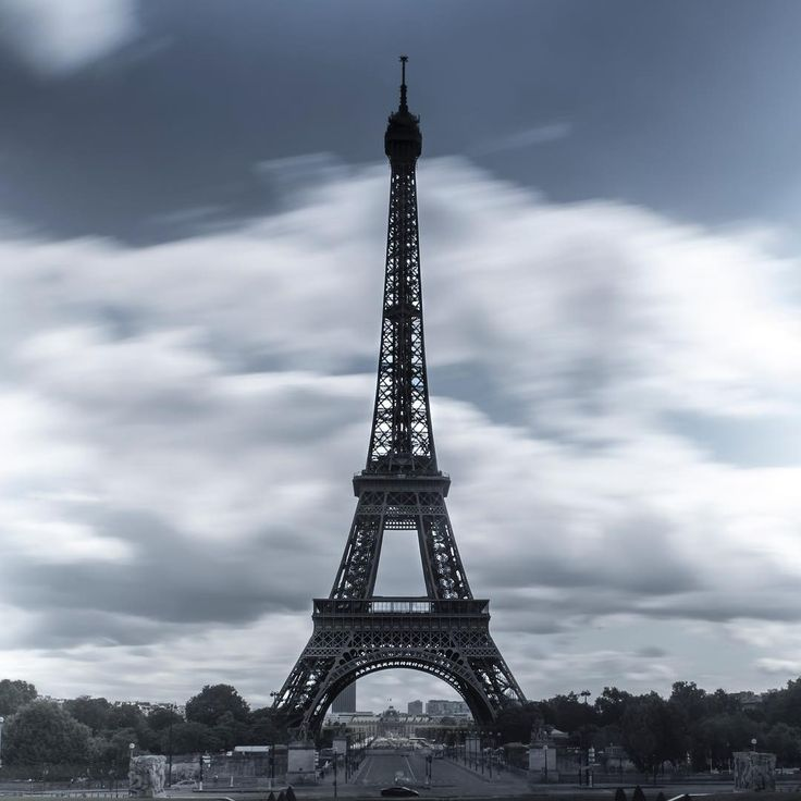 Eiffel... #eiffeltårnet #eiffeltower #paris #trocadero #longexposure #france