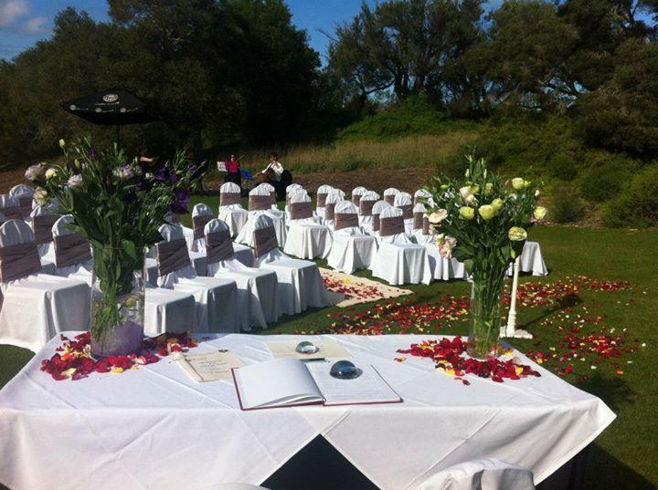 Weddings at Peppers Moonah.  Source: https://www.facebook.com/140931569285047/photos/pb.140931569285047.-2207520000.1406841616./433980143313520/?type=3&src=https%3A%2F%2Ffbcdn-sphotos-c-a.akamaihd.net%2Fhphotos-ak-xaf1%2Fv%2Ft1.0-9%2F396853_433980143313520_410245380_n.jpg%3Foh%3D44a4daa101ef7871872ccfec8b784ef6%26oe%3D543E3EBE%26__gda__%3D1413415535_c7973c27c48ee4117dfdd631da1ad0a6&size=960%2C717&fbid=433980143313520