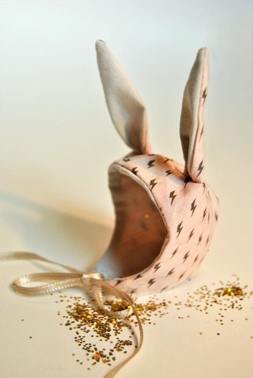 "There aren't words for the cuteness of this bunny hat! ""Confiture de Paillettes""/ handmade project"