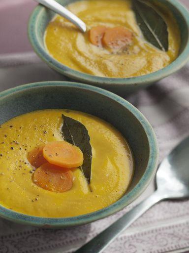 les 25 meilleures id es de la cat gorie blender chauffant sur pinterest recette soupe blender. Black Bedroom Furniture Sets. Home Design Ideas