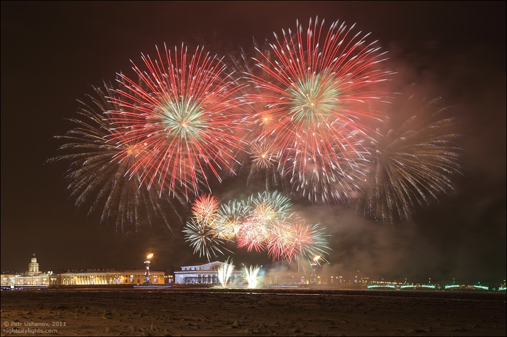 Saint Petersburgh`s winter fireworks  photo by Peter Ushanov