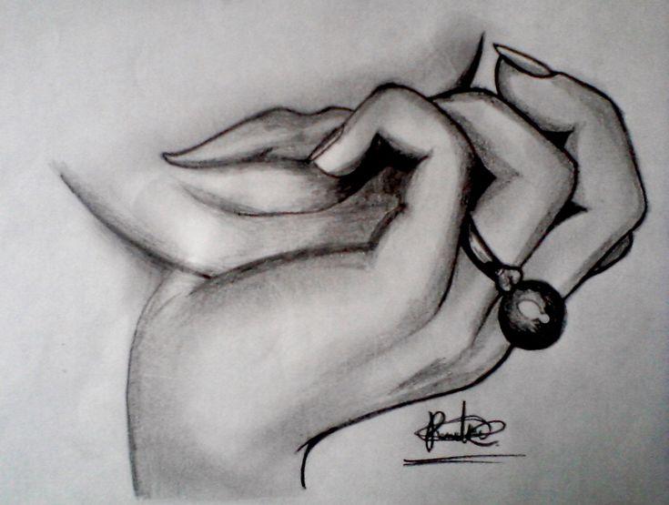 Dibujo a lapiz- Mano deuna mujer
