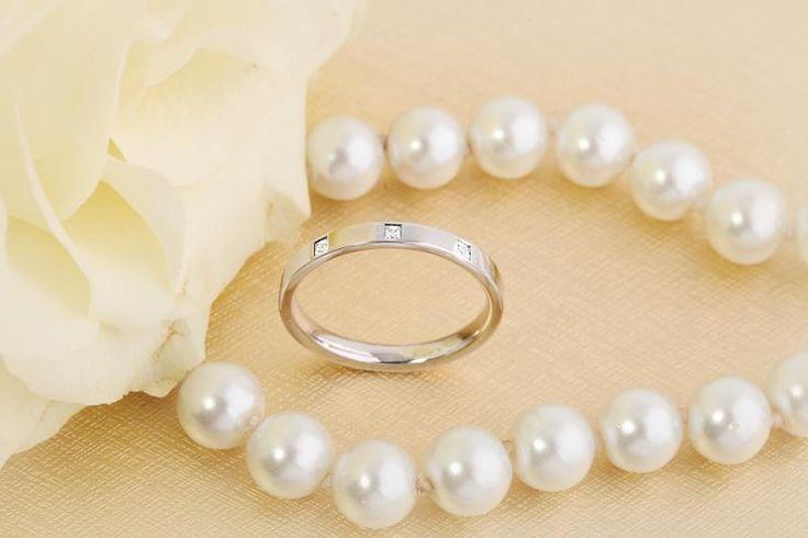 Verigheta cu diamante dama aur alb 18kt - RDW004W pe https://www.royaldiamante.ro