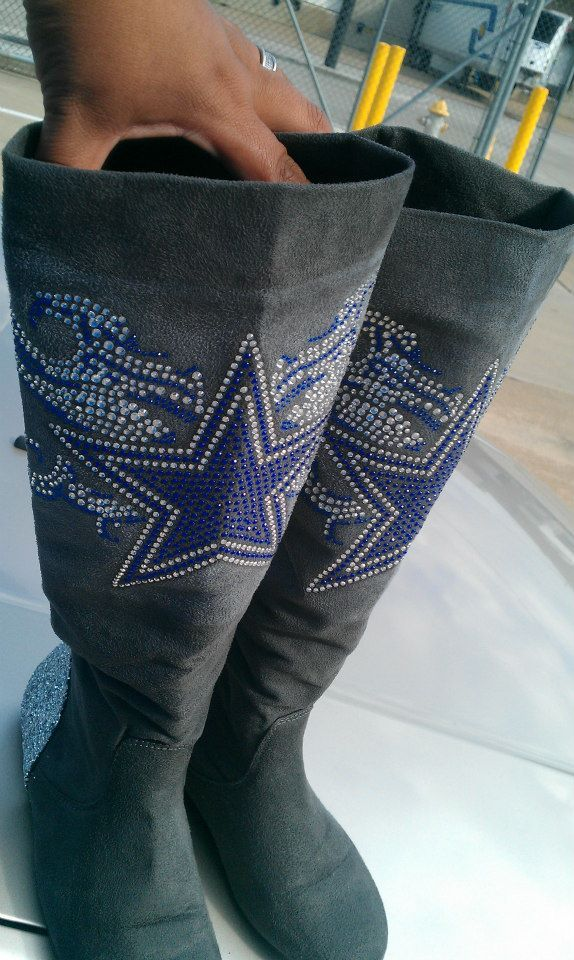 Dallas Cowboys Boots....I'd sport the hell outta these bad boys! So badass!