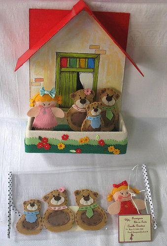 Dedoches Cachinhos Dourados - contendo 4 personagens em caixa cenário pintada à mão com aplicação em feltro ou em carteirinha plástica. Contato: frumigaria@uol.com.br