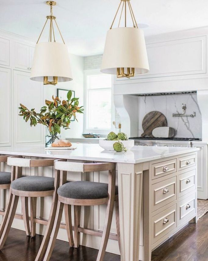 22 Jaw Dropping Small Kitchen Designs: Before + After: 5 Jaw-Dropping TransformationsBECKI OWENS