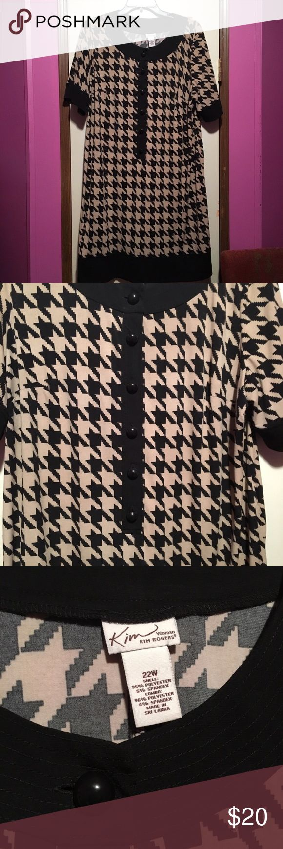 "Kim Rogers Beige and Black Houndstooth Dress Kim Rogers Beige and Black Houndstooth button up dress. Good condition size 22W. Length is 41"", Bust is 52"". Has signs of wear around the collar as pictured. Is a beige/light brown color and black. Price is negotiable and ships next day. Kim Rogers Dresses"
