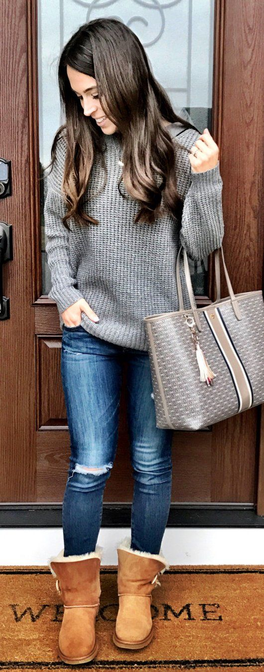Grey Knit / Ripped Skinny Jeans / Brown Boots / Grey Leather Tote Bag