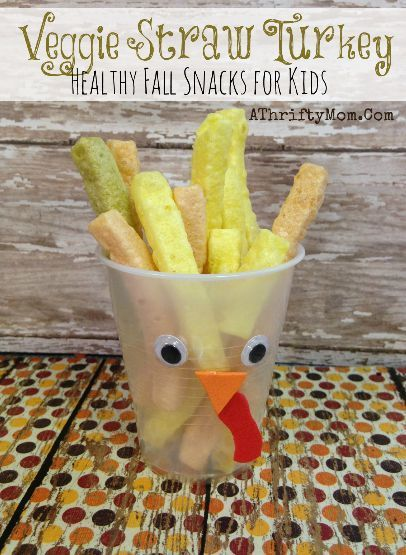 Turkey Veggie Straw snack, fast and eeasy healthy snack for kids. Perfect for Thanksgiving