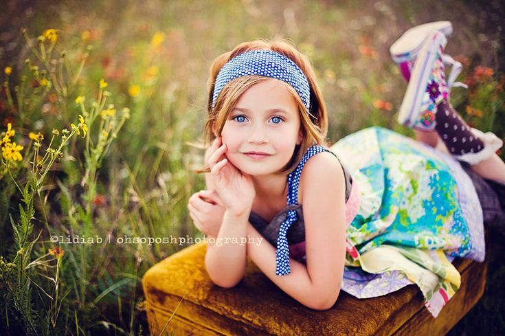 Dallas children photographer | Oh So Posh Photography.. i could totally see my little Alexis posing like this! :)